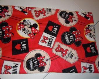 Minnie Mouse Blanket - Fleece Blanket - Lap Blanket - No Sew - Hand Tied - Fleece Tie Blanket
