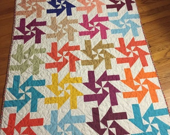 Colorful Pinweel quilt, couch throw, baby quilt toddlers bedding quilt, lap quilt