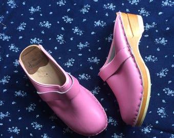 Pink Slip-on Clogs