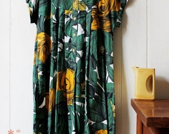 Vintage 1990's tropical yellow & green Hawaiian dress  - X Large