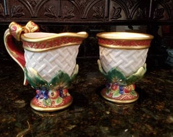 Fitz and Floyd Holiday swan sugar and creamer set