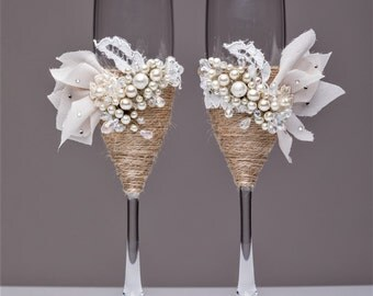 rustic wedding glasses, rustic wedding flutes, rustic wedding, champagne glasses, toasting glasses,bride and groom, country wedding mr & mrs