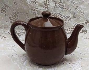 Vintage tea pot, petite handcrafted brown pottery tea pot, Mother's Day gift, ceramic tea pot, Afternoon Tea, classic 3 cup tea pot