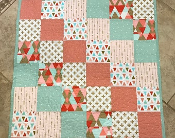 FREE SHIPPING, Baby crib quilt, baby blanket, crib blanket, baby quilt