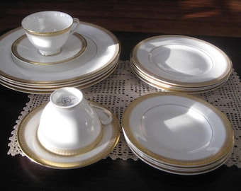 Royal  Doulton  fine bone china-Jubilee english  dishware set of 16 pieces