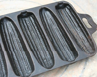 Vintage Cast Iron Corn Stick Pan  7B , Cast Iron Cornstick Pan , Vintage Kitchen , Farmhouse Decor