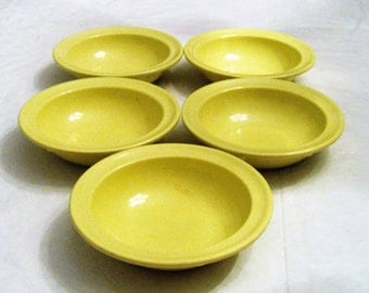 Primrose Yellow Melmac Prolon Bowls Set of 5 Monkey Dishes 4 Oz Bowls Camping Picnics Cottage Chic Children's Pudding Ice Cream Dishes