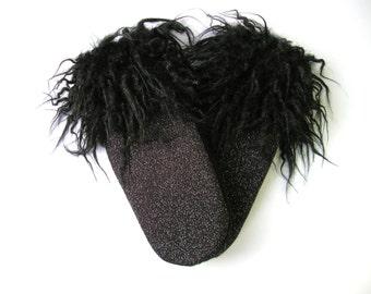 Sweater mittens, wool mitten, faux fur mitten, black mitten, winter mitten, recycled sweater, vintage mitten, funny mittens, mitten for her