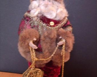 Vintage Santa Claus Figurine, (# 989/61)