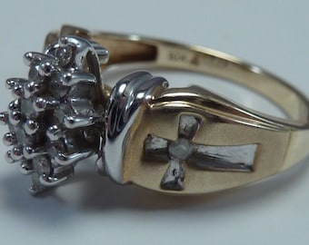 10k Yellow and White Gold Diamond Cluster Ring with Crosses, size 6 1/4