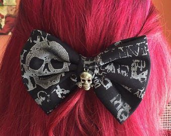 Gothic rockabilly hair Barrette hair bow loop