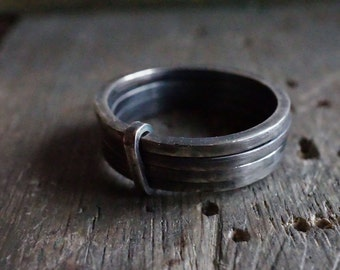 Ring 4 rings related cash forged and aged by hand - man-ring - Design Nature and mode - R 3074