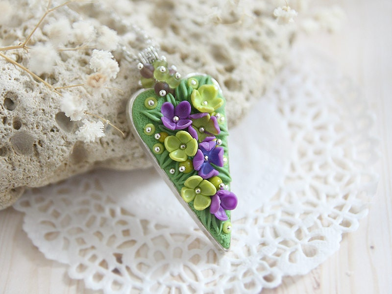 Meadow Necklace For Grandmother Gift From Granddaughter Spring Birthday Flower Jewelry Nature Lover