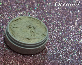 Creamy Whipped Highlighter - Oceanid  White Gold duochrome