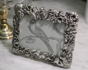 Silver Frame 1995 Arthur Court New/Vintage Picture Frame ~  3-1/2  X 5 ~ Original Box ~ Intricate Bunny Rabbits Natural Foliage ~ Easter