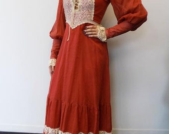 Vintage Gunne Sax Maxi dress with lace