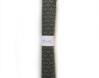 Cotton poplin fabric - 1/4 yard - pattern Honeymoon - green - exclusive design La Modette