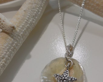 Outer Banks Shell and starfish necklace