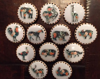 1.5 inch, floral, animal knobs, cabinet knobs, drawer pulls, horse, elephant, giraffe, rooster, buffalo, fox, bear, deer, SOLD SEPARATELY