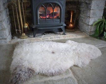 Sheepland Organic Undyed Pure Sheepskin Rug in Grey and Cream (48)