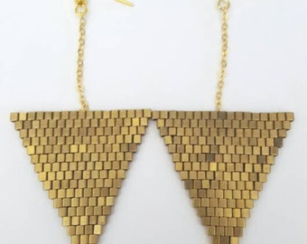 "B O ""Triangles of gold"""