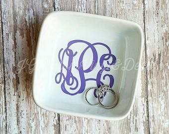 Monogrammed Jewelry Holder/Personalized Jewelry Dish