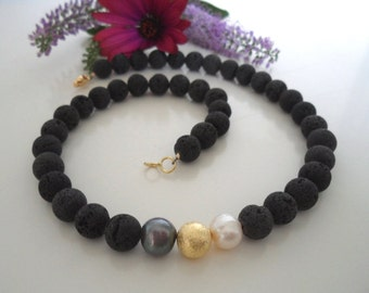 Lava necklace with pearls & gold