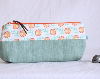 Cosmetic bag, utensil bag, make-up bag, pencil case, lime green, floral