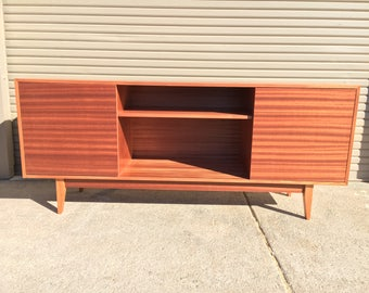 NEW Hand Built Mid Century Inspired TV Stand. Mahogany 2 door and center shelf with straight leg base. Buffet / Credenza