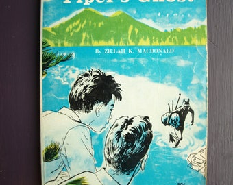 Mystery of the Piper's Ghost by Zillah K. MacDonald – 1966