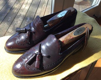 Classic Johnston & Murphy Tassel Loafers - Size 7D- small