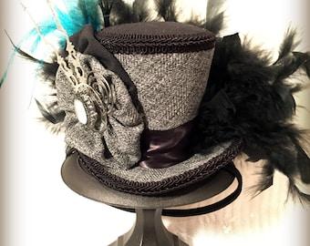 Steampunk Mini Top Hat, Mad Hatter Hat, Cosplay, Costume, Victorian, Fascinator, Clockworks, Wedding hat, Tea Party, Bridal Shower, Hat