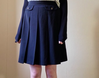 90s karl Lagerfeld high waisted  black grunge clueless pleated skirt: Size  8/10 UK