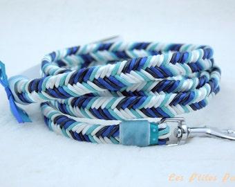 Braided dog leash blue and white