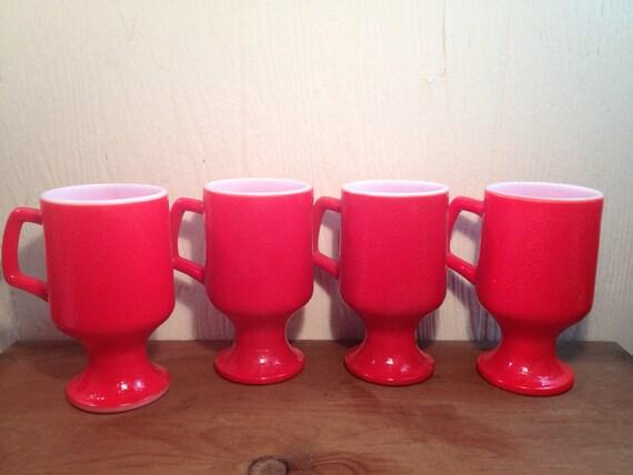 Anchor hocking rote milch glas tassen set von von pineapplepreserve