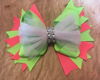 Two tone spike Bow