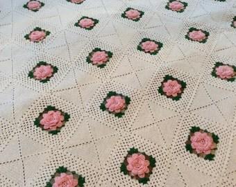 Crochet bedspread/ full size /rosettes