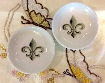 Fluer de lis trinket dishs / set of 2