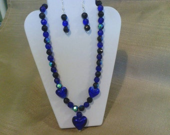 193 Romantic Navy Blue and Black Fire Polished Faceted Round Beads and Lamp Worked Glass Heart Shaped Beads Beaded Neecklace in