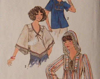 Vintage Misses' Pullover Tops Pattern Simplicity 7811 Retro 1970's Size 10