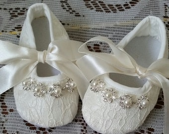 Ivory Baby Crib Shoes, Christening Shoes, Baby Shoes
