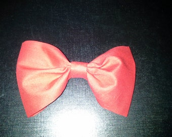 Brilliant red hair bow