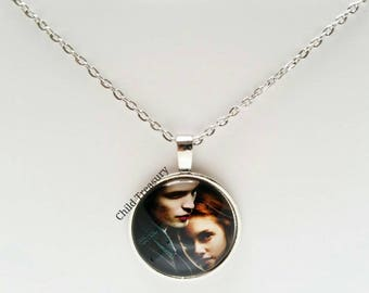 Twilight Pendant Necklace/Twilight Necklace/Twilight Pendant Chain/Girls Necklace/Teens Necklace/Character Pendant Necklace