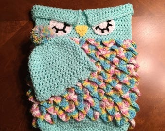 Crochet Owl Cocoon with hat, Photo Prop, Bunting, Baby Gift
