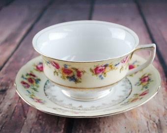Vintage 1940's GOLD CASTLE tea cup and saucer set - Floral print porcelain tea set