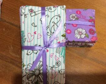 Bird floral design - Fat Quarter bundle of 5 beautiful 100% cotton fabrics