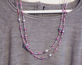 "Unique ""Pretty in pink""  handbeaded deco rose long necklace"