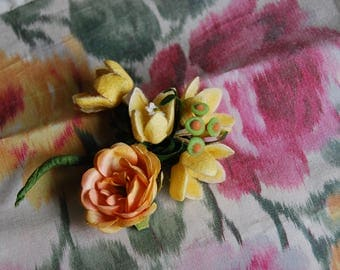 Doll Bear Scale Millinery Corsage Flowers, Yellow with peach and green, selling per, total of 3