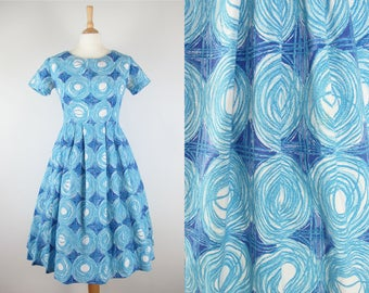 "50s Vintage Novelty Diamond and Circle Print Full Skirt Cotton Blue Dress- Medium 28.5"" waist"