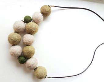 Green Khaki Nacklace